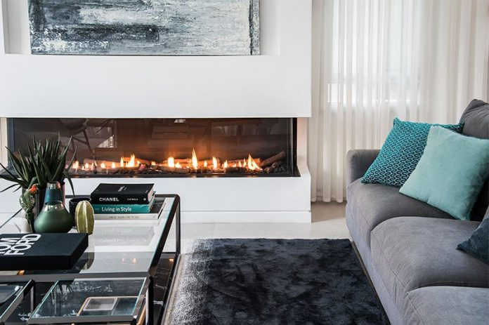 How-Warm-Your-Living-Room-With-a-Fireplace
